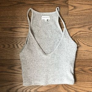 Tops - 🌊3/35 grey crop tank top